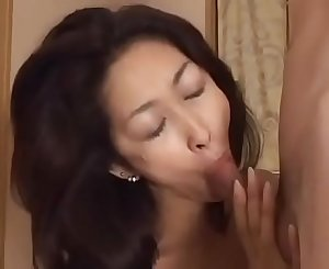 Japanese Mom wants the Dick
