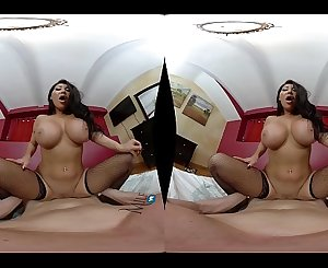 MilfVR - August in December ft. August Taylor